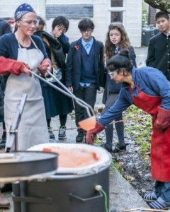 2013 schools visit to Leach. firing pots